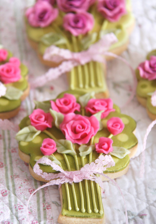 rose bouquet cookies