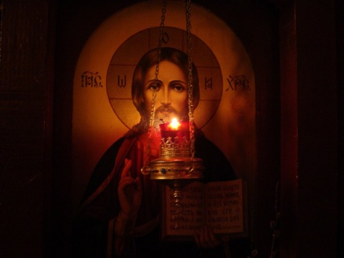 orthodoxwayoflife:  Lord Jesus Christ, Son of God, have mercy on me, a sinner Κύριε Ἰησοῦ Χριστέ, Υἱέ τοῦ Θεοῦ, ἐλέησόν με τὸν ἁμαρτωλόν Господи Иисусе Христе, Сыне Божий, помилуй мя грешнаго Domine Iesu Christe, Fili Dei, miserere mei, peccatoris Panginoong Hesukristo, Anak ng Diyos, kaawaan mo kaming makasalanan Signore Gesù Cristo, Figlio di Dio, abbi misericordia di me peccatore Господе Исусе Христе, Сине Божји, помилуј ме грешног Seigneur, Jésus Christ, Fils de Dieu, aie pitié de moi, pécheur Doamne Iisuse Hristoase, Fiul lui Dumnezeu, miluieşte-mă pe mine păcătosul Herr Jesus Christus, Sohn Gottes, erbarme dich meiner, eines Sünders Heer Jezus Christus, Zoon van God, ontferm U over mij, zondaar