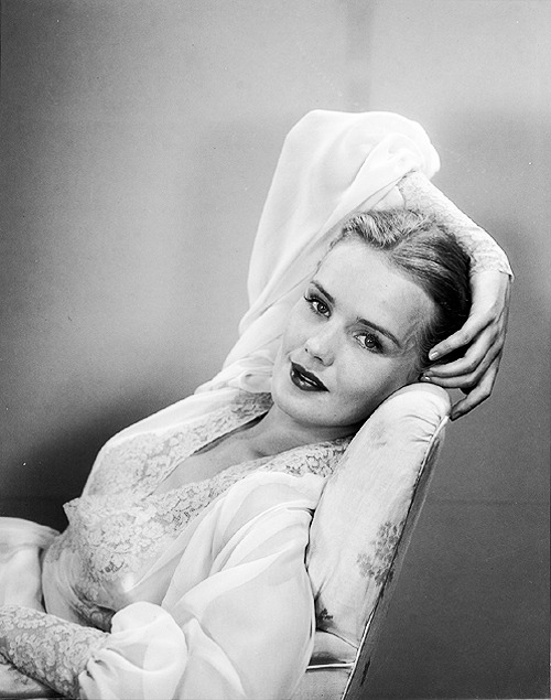 vintagesonia:  Frances Farmer
