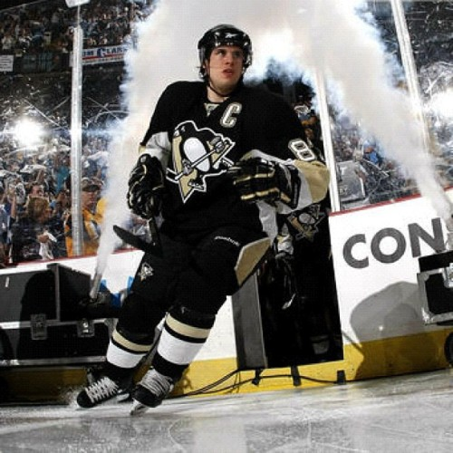 87 more days until I get to see this amazon man on the ice again! Hopefully for all 82 games plus the playoffs  #pens #SidneyCrosby #hockey #offseason  (Taken with Instagram)