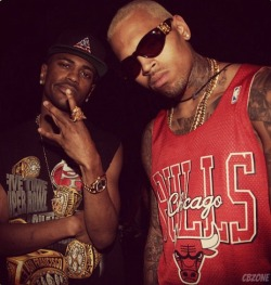 "officialchrisbrownblog:  Chris Brown posing with Big Sean behind the scenes of ""Function (Remix)"" yesterday"