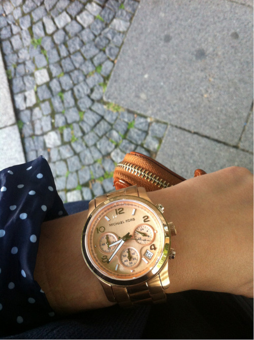 leimailemaow:  Literally in love with this watch.