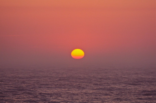 joidesresolution:  just another gorgeous North Atlantic sunset