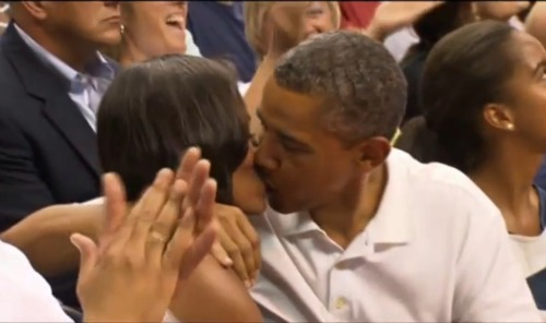 PHOTOS: President Barack Obama and First Lady Michelle caught on kiss cam!