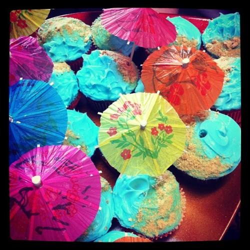 Amazing birthday cupcakes! Thanks Trecie :) (Taken with Instagram)