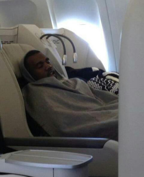 sirwongg:  doitsundere:  anal0g2:  asvpyeezy:  kanye sleeping.  shhhh  Kanye Rest  hey i'mma let you finish, but this blanket was the best blanket of all zzzzzzzzzz