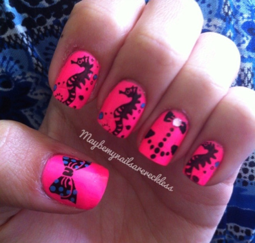 maybemynailsarereckless:  Spin on the anchor thing , I'm in love with how this came out :D