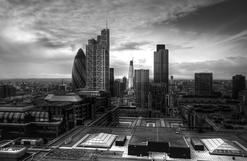 skyscraper:  City of London skyline (by bobaliciouslondon)