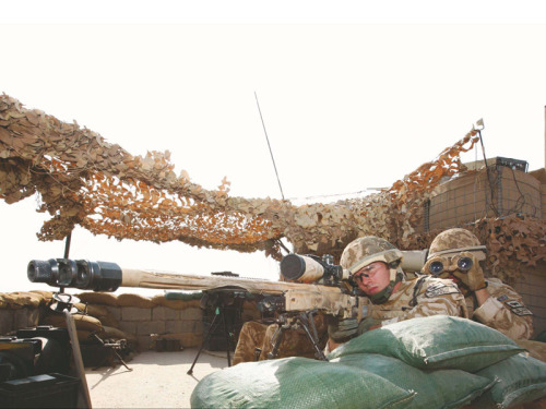 RIFLES SHARP SHOOTERS KEEP WATCH OVER SANGIN - 6 JAN 2010. [source]