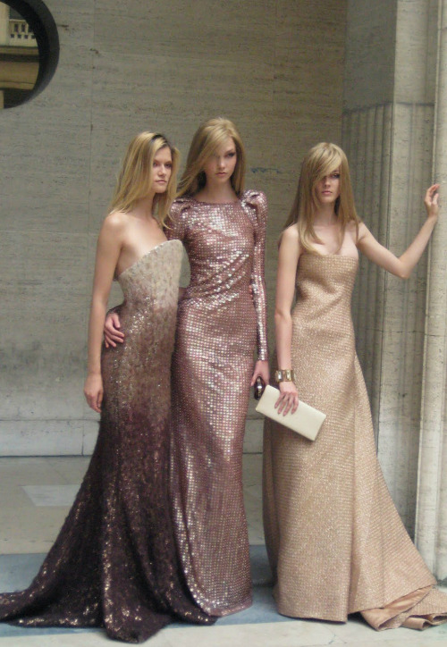 Kasia Struss, Karlie Kloss and Jac Jagaciak at Armani Prive f/w 2010 backstage