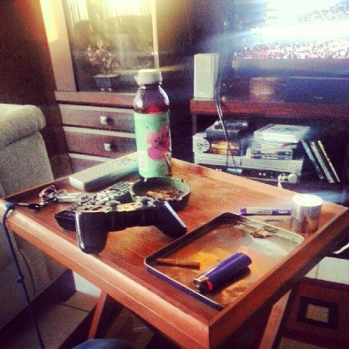 My afternoon's #high #smoke #highlife  (Taken with Instagram)