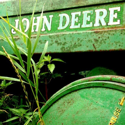 Old #JohnDeere #Tractor (Taken with Instagram)