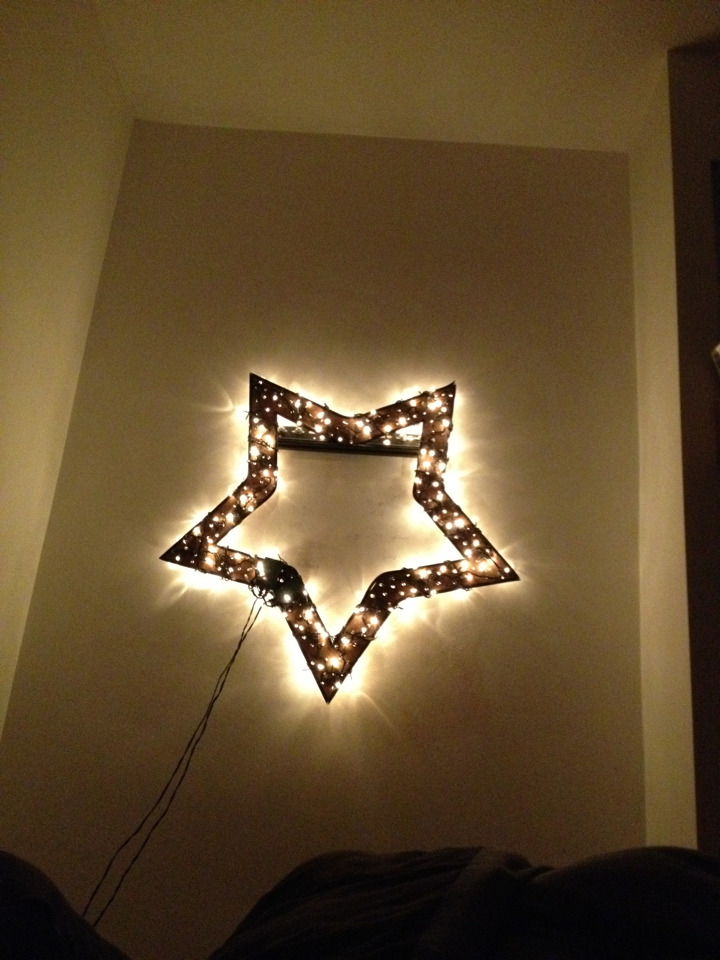 Just re wired my star finally so I can have a pimping light show in mah b-room