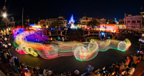 Main St Electrical Parade