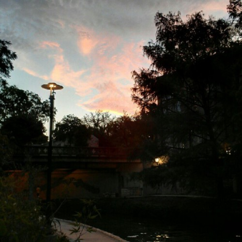 Nice evening in san antonio riverwalk #nofilter #sanantonio  #riverwalk  #skyporn  #sunset #prettysky #hdr #mytouch #phonecam #awesome  (Taken with Instagram at The San Antonio Riverwalk)