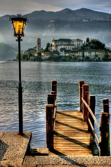 sunflowersandsearchinghearts:  Pinterest - San Giulio Italy via Searching Hearts