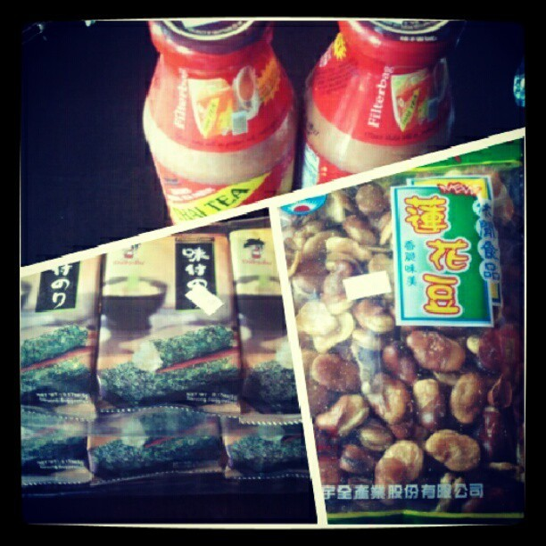 Got some snacks! #thaitea #roastedseaweed #broadbean #instagood #Zooted  (Taken with Instagram)