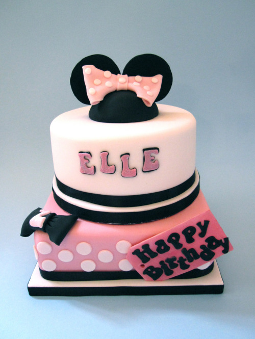 Minnie Mouse Cake (by Cakes By Jacques)
