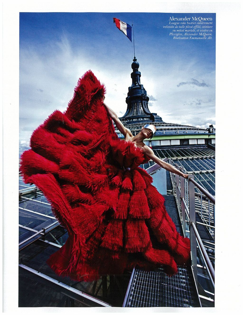 suicideblonde:  McQueen in Vogue Paris