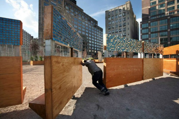 urbanination:  New York's Lent Space Park and it's movable walls and seats.