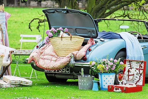 vintage picnic in the countryside