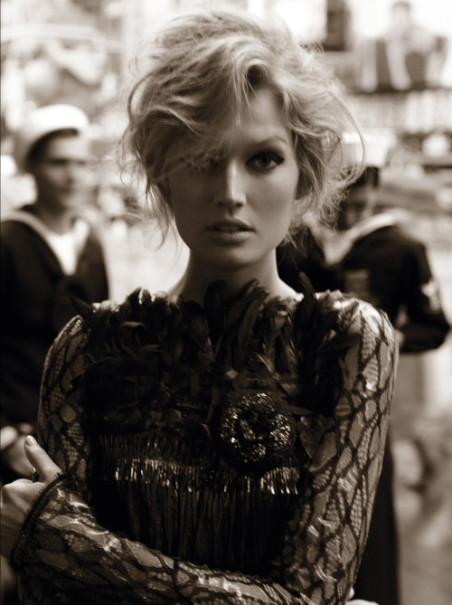 tastylikecherrycola:  Toni Garrn for Vogue Germany August 2012