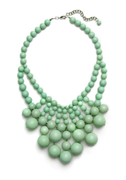 It's cool. It's fresh. It's light-as-a-feather. It's mint green… beaded necklace.