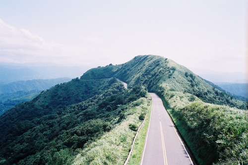 The Highest Point of 102 Road by anchi. on Flickr.