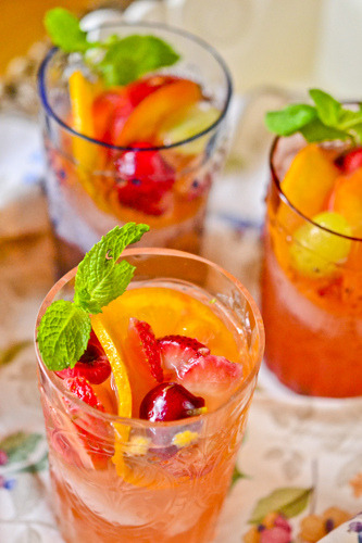 fattiesdelight:  White Sangria