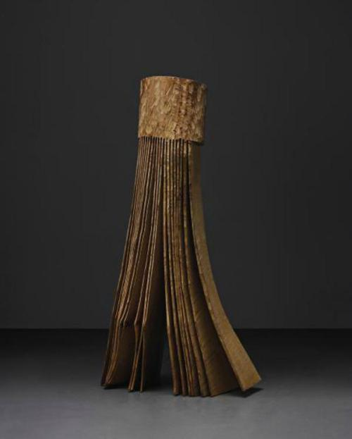 DAVID NASH Skirted Beech, 1986 Beech wood. 210 x 109 x 46 cm (82 5/8 x 42 7/8 x 18 1/8 in)