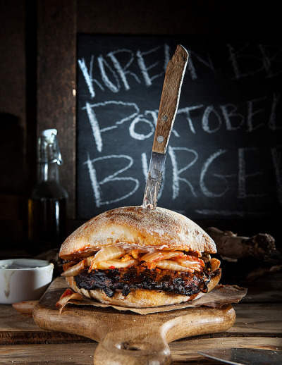 PORTOBELLO_BURGER-1FW by isachandra on Flickr.nom