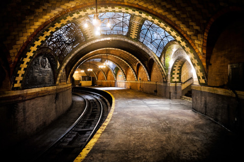 A Glimpse Into New York's Lovely Abandoned Subway Station  The forgotten City Hall station was the original terminal of New York's subway system. It opened on the evening of October 27, 1904, along with 27 other Interborough Rapid Transit (I.R.T.) stations up to 145th Street on the west side.