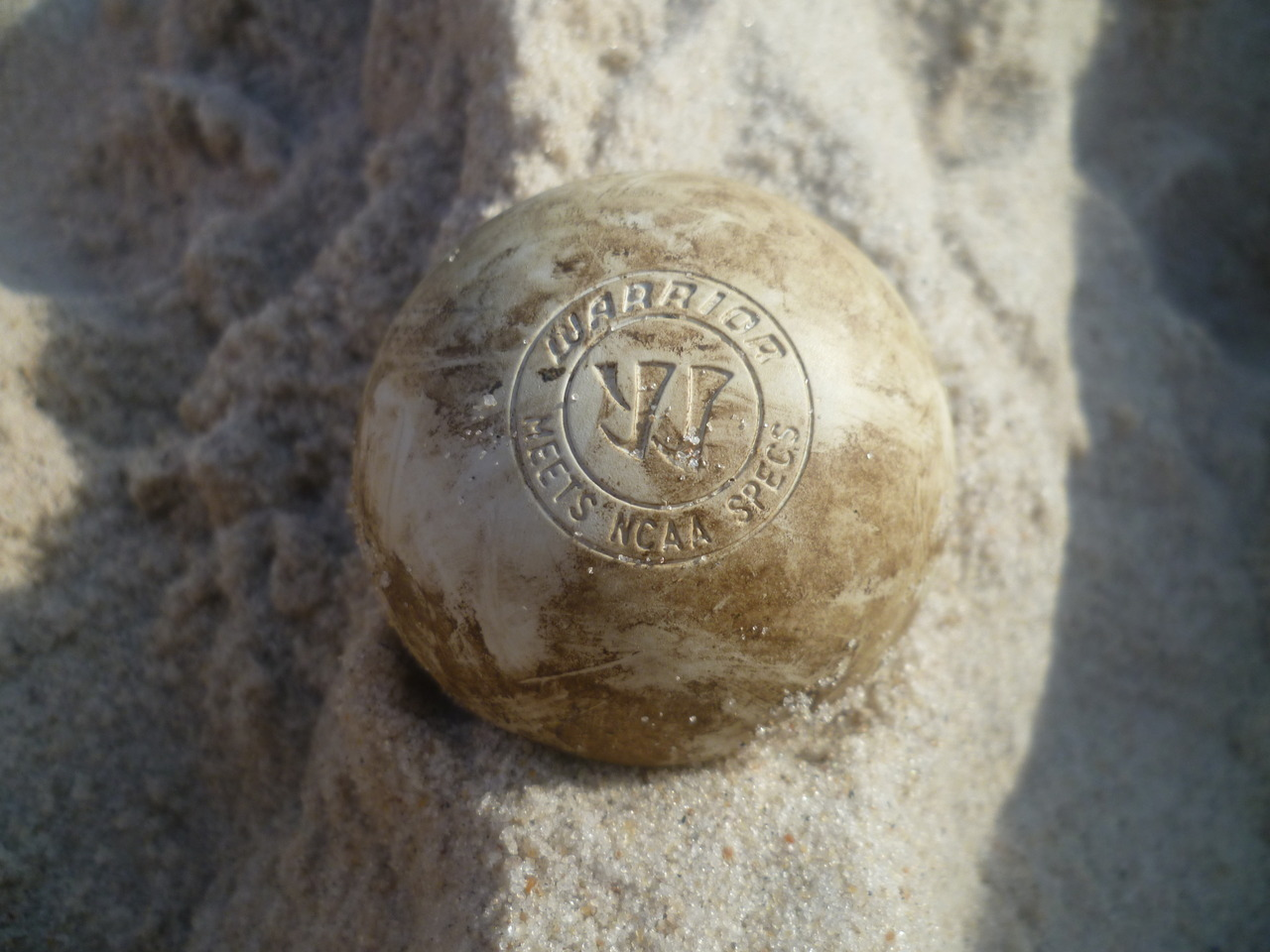 livetoloveandlax:  Beach lax :)