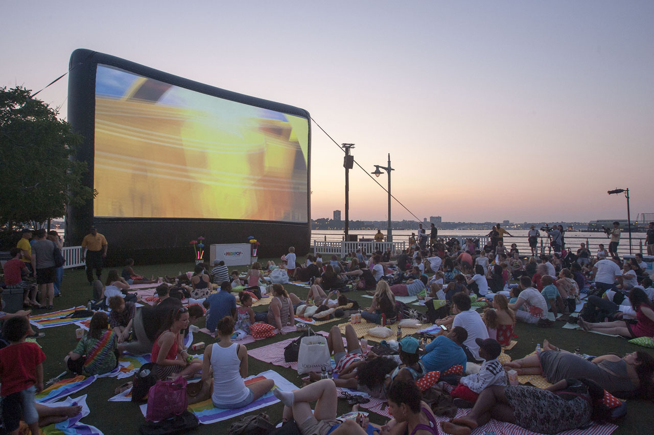 Summer in NYC. nycgo:  RiverFlicks - Photo: Kate Glicksberg/NYC & Company