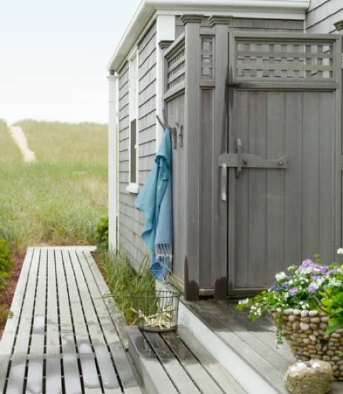 sweet-designs:  outdoor shower - Nantucket cottage