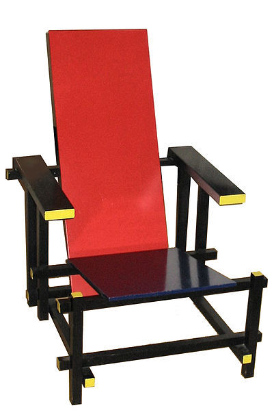 Red and blue chair by Gerrit Rietveld.