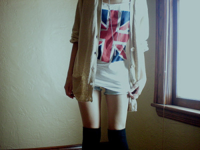 Follow the culture you adore- British culture: www.britculture.tumblr.com