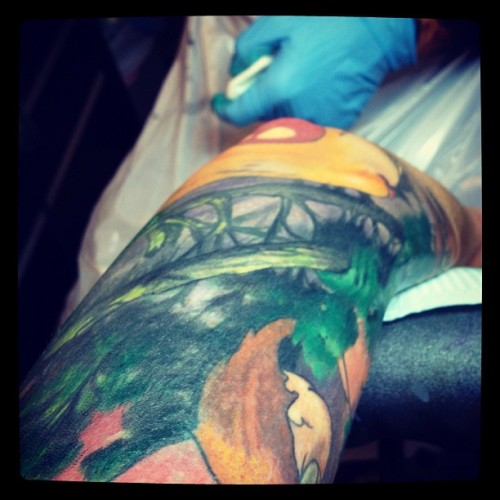 #elbow #eyeball #tomstromtattoos @tomstrom  (Taken with Instagram at Uptown Tattoo)