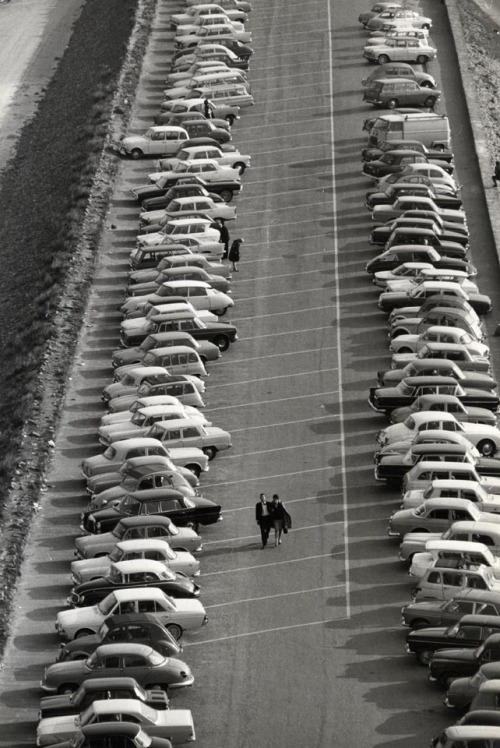 luzfosca:  Holtz Mont Saint-Michel, Parking, 1965 Thanks to undr