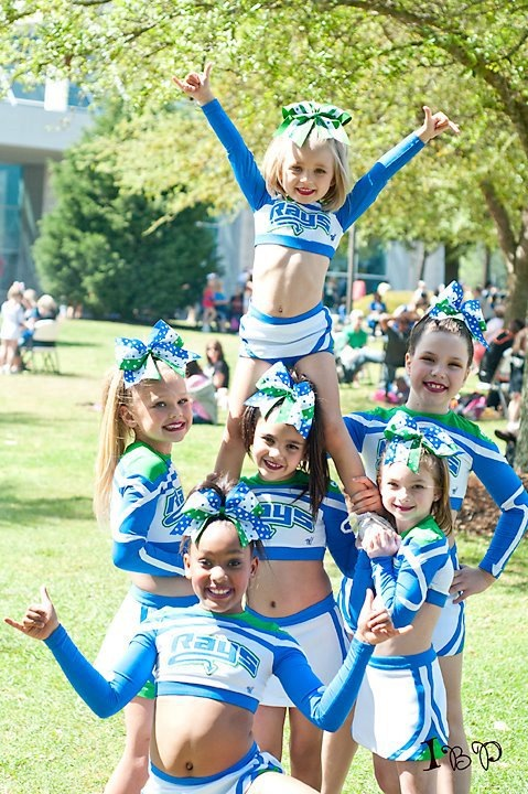 eatsleep-breathe-cheer:  blondcheer:  Little rays  So precious