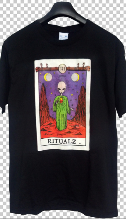 that's hot http://ritualz.bigcartel.com/product/alien-tarot-t-shirt