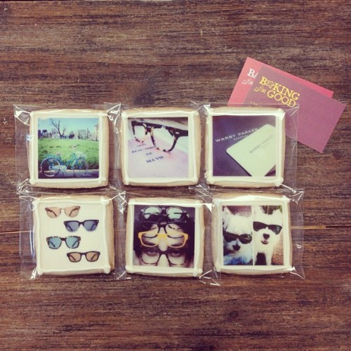 warbyparker:  Incredible Instagram cookies from Baking for Good. Perfect midweek treat!
