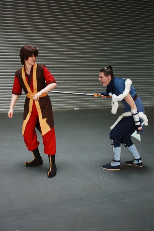 lilprince:  So we just have to make Zuko angry? Sokka - me Zuko - miarichan Space sword made and boomerang by halforc80 Photo by kingisstillamused