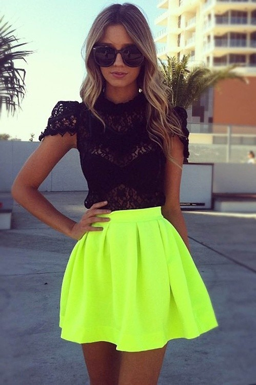 lookbookdotnu:  Lemon drop (by Kathleen Donnelly)