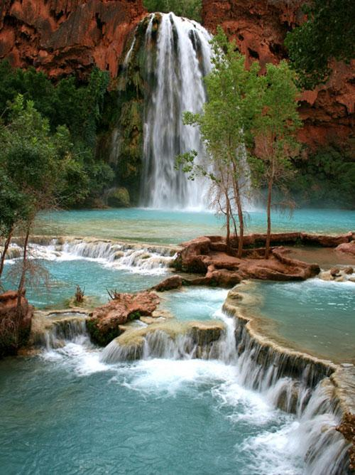 mothernaturenetwork:  The 14 most amazing waterfalls in the world