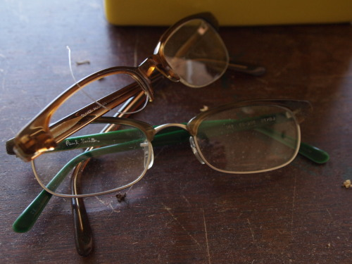 Unlike Guido, I seem to have trouble keeping my older eyeglass frames intact. These are two of my favorite frames of all time, both from the mid-to-late-90s, which I wore well into the aughts: Oliver Peoples 'Bishop,' and Paul Smith PS-500. The Paul Smiths exploded once while I was asleep on a plane c. 2006, and I can't remember how the Oliver Peoples met their fate (though they are probably an easy fix, unlike the cracked right temple—which has been sloppily epoxied together by yours truly—on the PS-500).