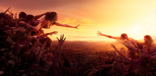 Reaching by aknacer on Flickr.This is absolutely amazing!!. I hope someday I can do something like this