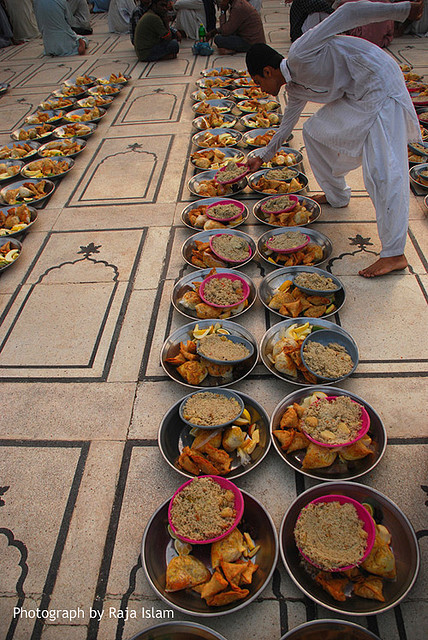 islamispeace:  Free Iftar @ Memon Masjid by Raja Islam on Flickr. Iftar (Arabic: إفطار), refers to the evening meal for breaking the daily fast during the Islamic month of Ramadan. Iftar during Ramadan is often done as a community, with Muslims gathering to break their fast together. Iftar is done right after Maghrib (sunset) time. Traditionally, a date is the first thing to be consumed during Iftar when the fast is broken.