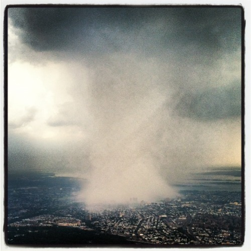 "brooklynmutt:  ""[C]heck out what's coming toward ‪NYC‬ from ‪Queens‬. I'm flying on Delta. Photo taken at 10,000 feet."" - @DhaniJones"