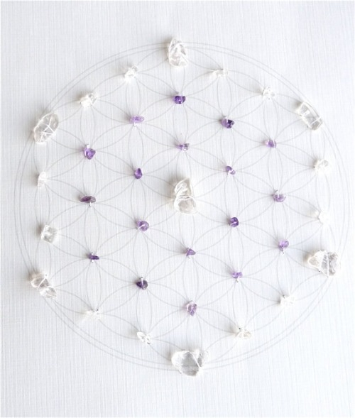 Feng Shui Healing Crystal Grid (Flower of Life Sacred Geometry) Lightworker Amethyst